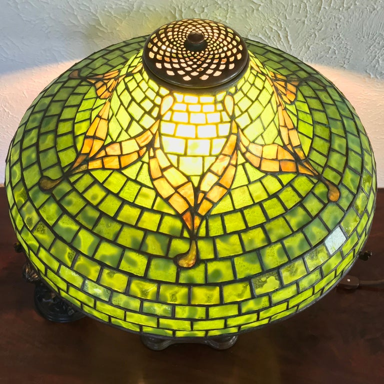 Tiffany Studios New York Tyler Leaded Glass and Patinated bronze Table Lamp, Circa 1900 Art Nouveau.