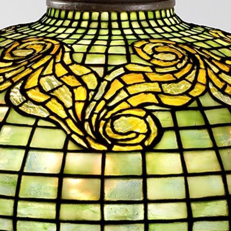 American Tiffany Studios 'Tyler' Table Lamp For Sale