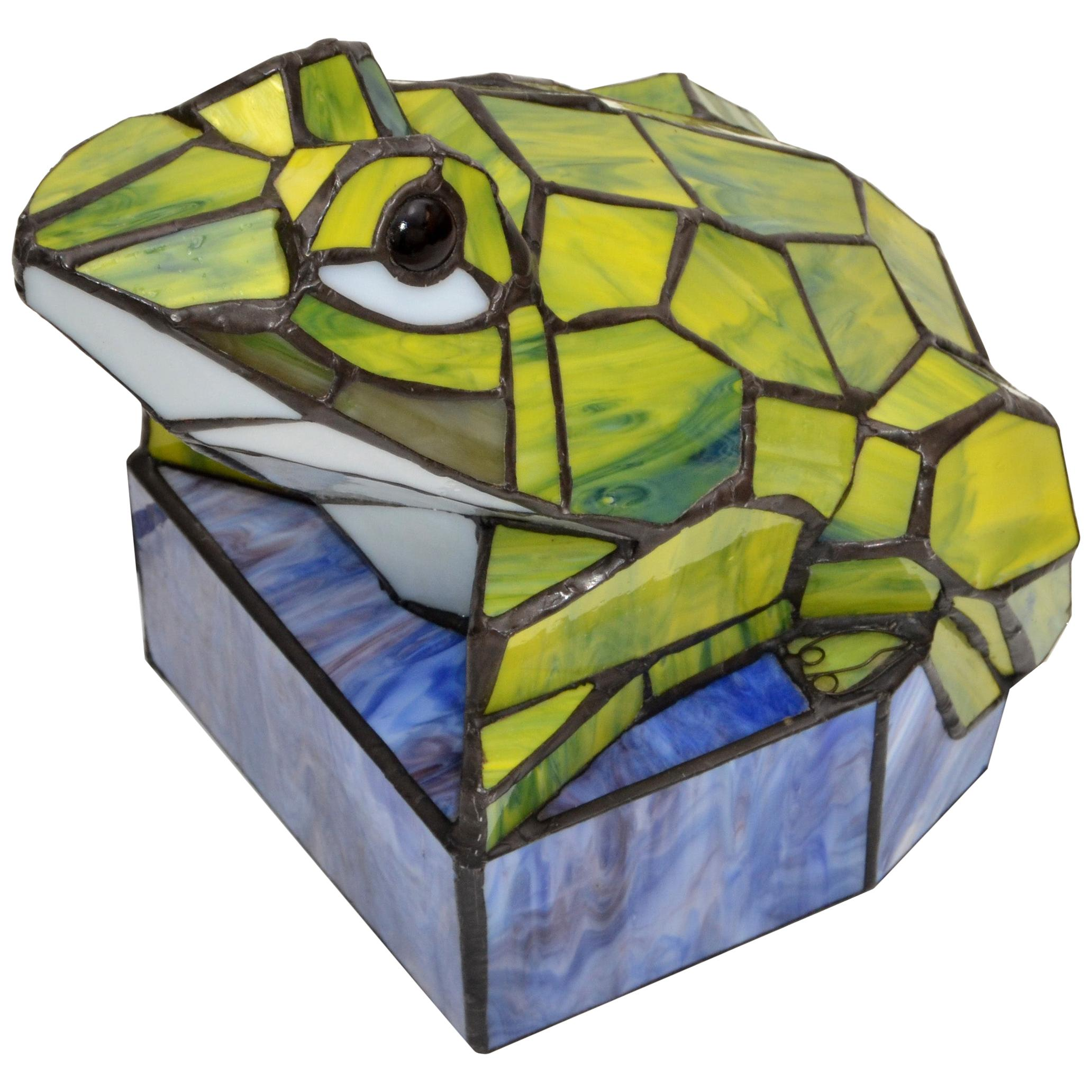 Stained Green Art Glass Frog Table Lamp Animal Sculpture Lamp