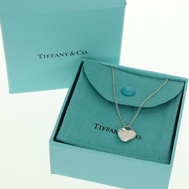 Tiffany & Co. Sterling 925 Silver Heart Pendant Necklace For Sale 6