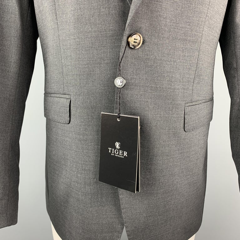 TIGER of SWEDEN 40 Regular Dark Gray Wool Blend Notch Lapel Sport Coat In New Condition For Sale In San Francisco, CA
