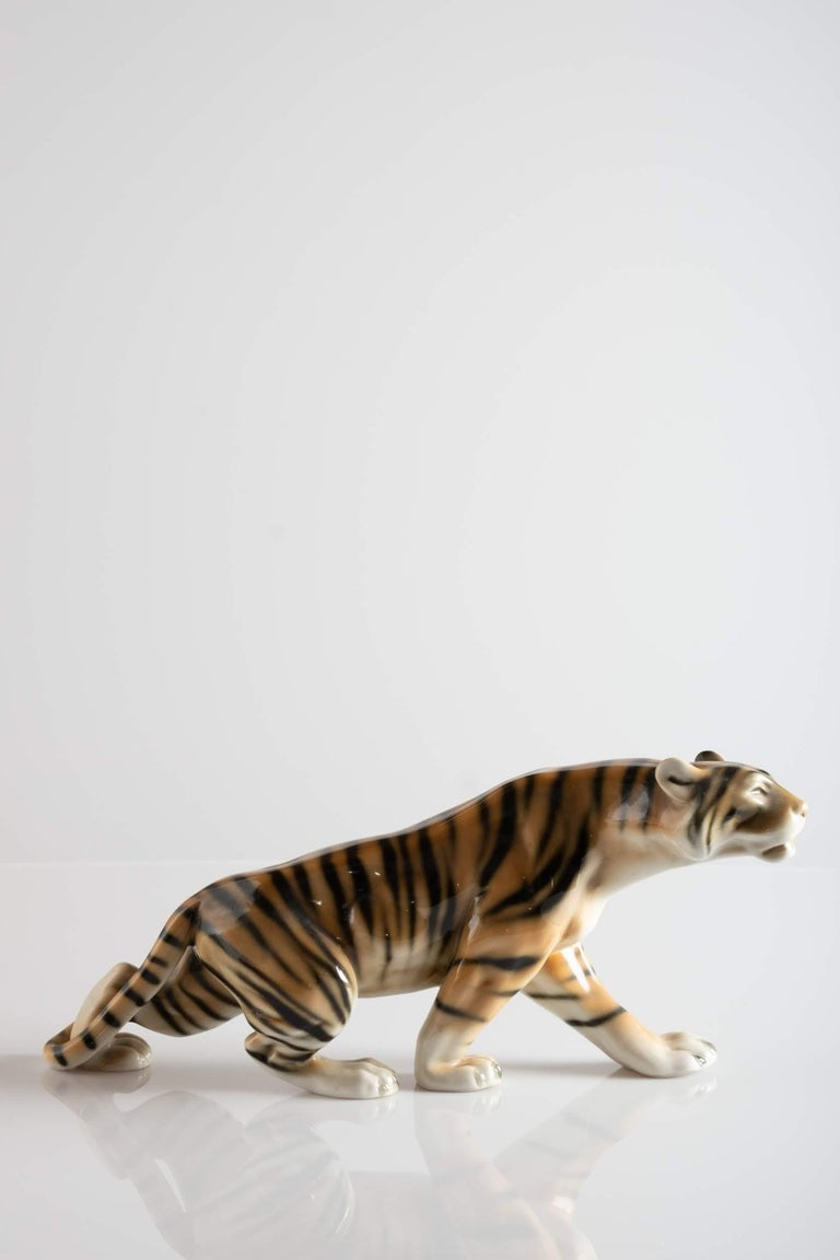 Italian Tiger Porcelain Sculpture, Italy, circa 1950 For Sale