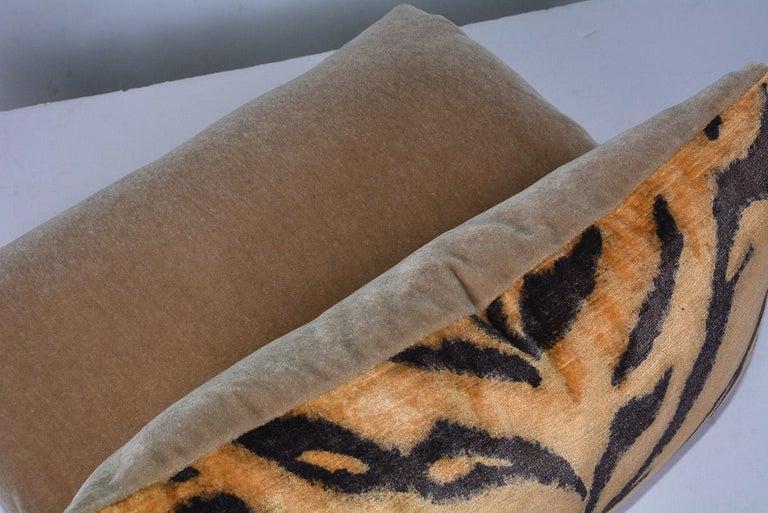 North American Tiger Velvet Pillows For Sale