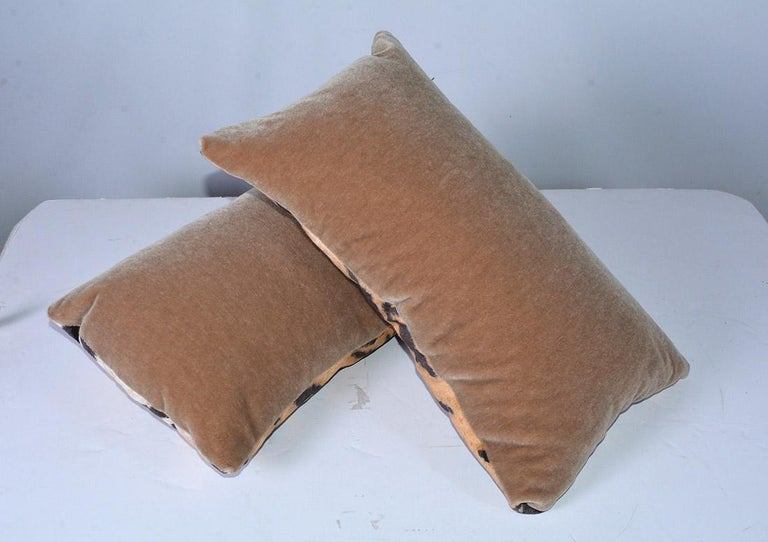 Tiger Velvet Pillows In Good Condition For Sale In Great Barrington, MA