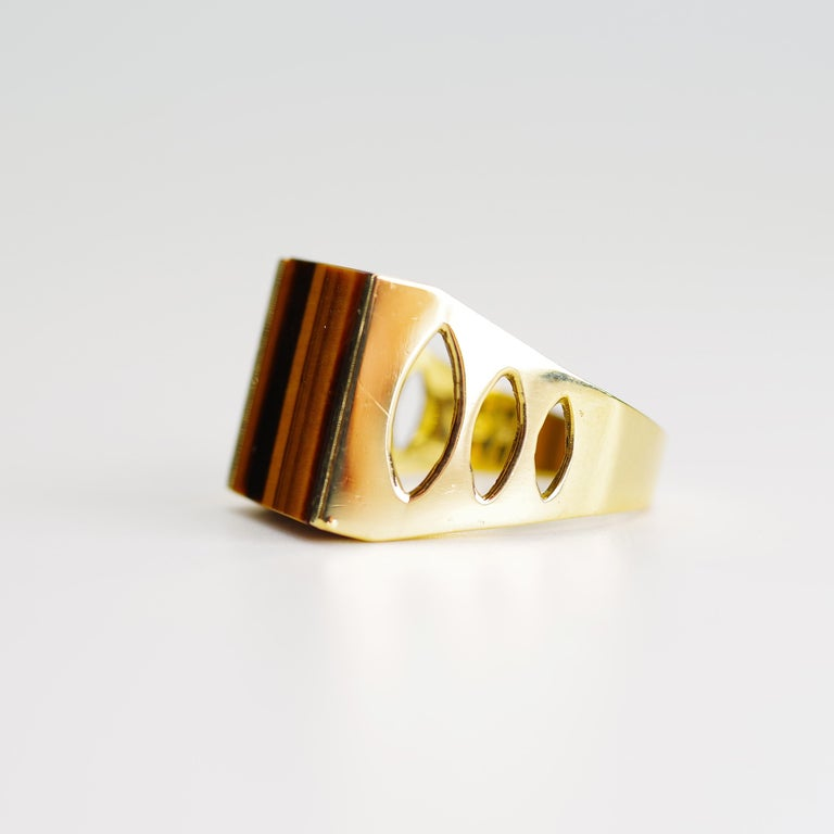 Tiger's Eye Ring from Italy is Definitive 1970s Gent's Ring For Sale 6