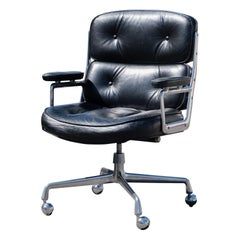 """""""Time-Life"""" Executive Chair in Leather by Charles & Ray Eames for Herman Miller"""