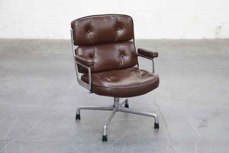Mid-Century Modern Time Life Executive Desk Chairs by Charles Eames for Herman Miller, 1977, Signed