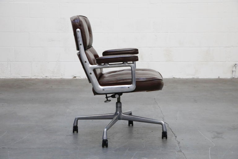 Time Life Executive Desk Chairs by Charles Eames for Herman Miller, 1977, Signed In Good Condition In Los Angeles, CA