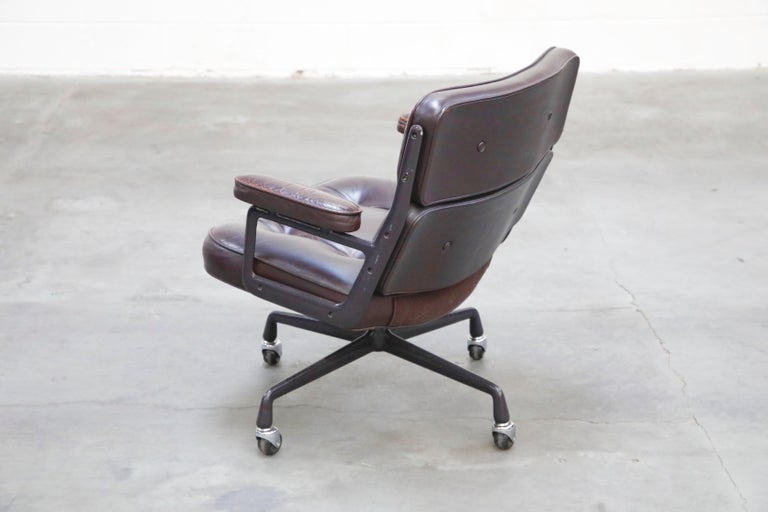 Time Life 'Lobby' Desk Chair by Charles and Ray Eames for Herman Miller, Signed For Sale 3