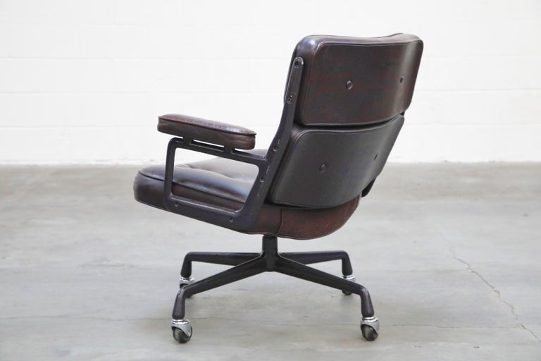 Time Life 'Lobby' Desk Chair by Charles and Ray Eames for Herman Miller, Signed For Sale 4