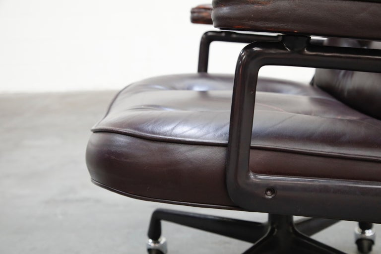 Time Life 'Lobby' Desk Chair by Charles and Ray Eames for Herman Miller, Signed For Sale 11