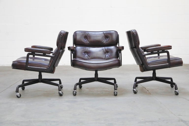 Attention collectors and interior designers looking for the absolute best example of a Time Life chair for you or your client, read more below to find out why these are the perfect examples for the discriminating collector client. Designed by
