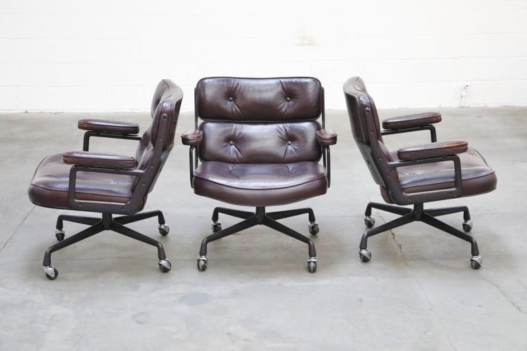 Post-Modern Time Life 'Lobby' Desk Chair by Charles and Ray Eames for Herman Miller, Signed For Sale