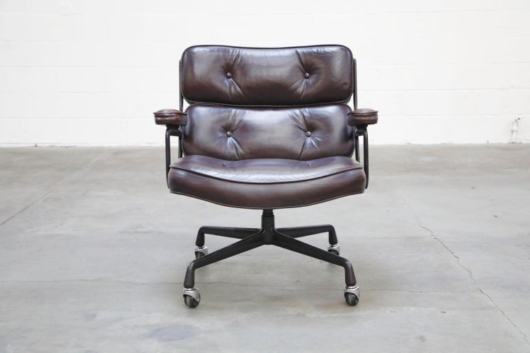 American Time Life 'Lobby' Desk Chair by Charles and Ray Eames for Herman Miller, Signed For Sale