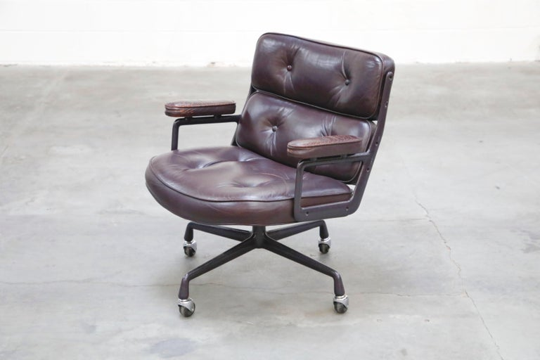 Late 20th Century Time Life 'Lobby' Desk Chair by Charles and Ray Eames for Herman Miller, Signed For Sale