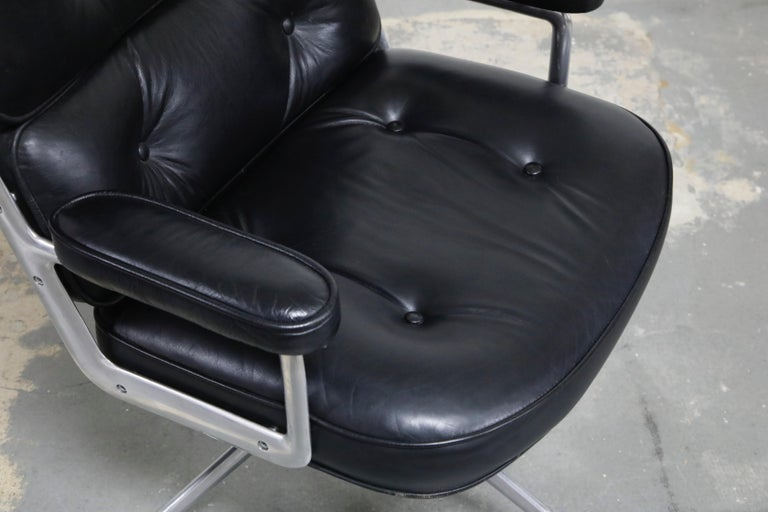 Time Life Lobby Executive Desk Chair by Charles Eames for Herman Miller, 1984 For Sale 9