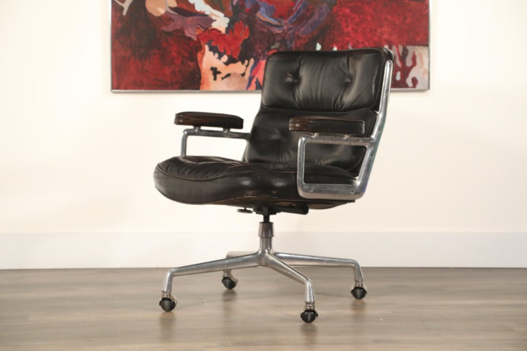 Time Life Lobby Executive Desk Chair By Charles Eames For