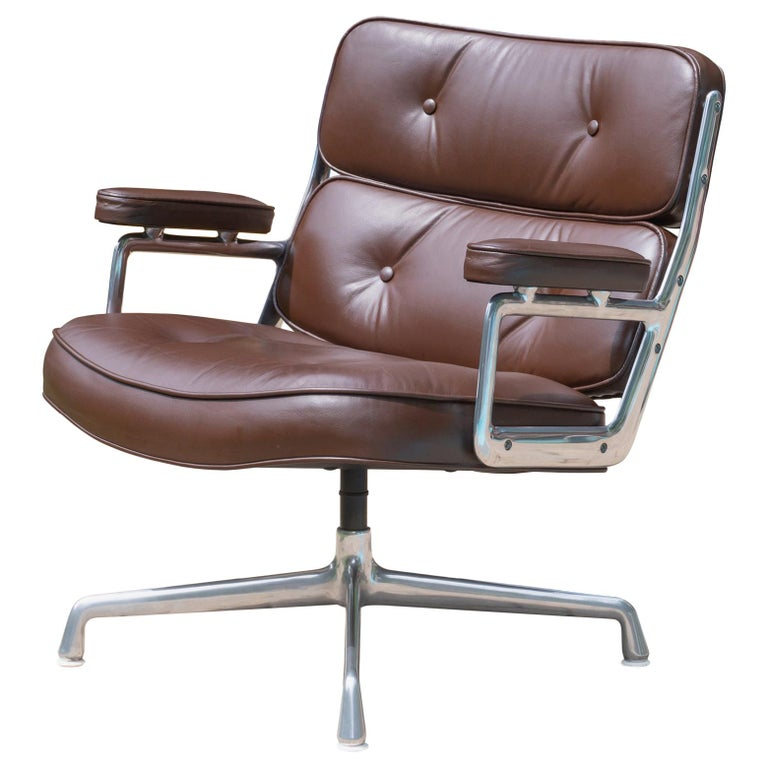 Time-Life Lobby Lounge Chair in Leather by Charles & Ray Eames for Herman Miller For Sale