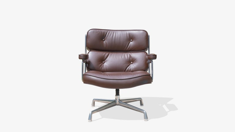 American Time-Life Lobby Lounge Chairs by Charles & Ray Eames for Herman Miller, Pair For Sale