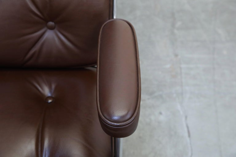 Time Life Swivel Lounge Chairs by Charles Eames for Herman Miller, 1977, Signed For Sale 3