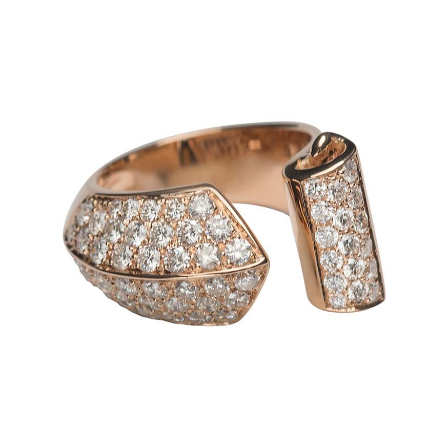 Timeless 1.70 Karat White Diamonds 18 Karat Rose Gold Design Ring Cocktail Ring