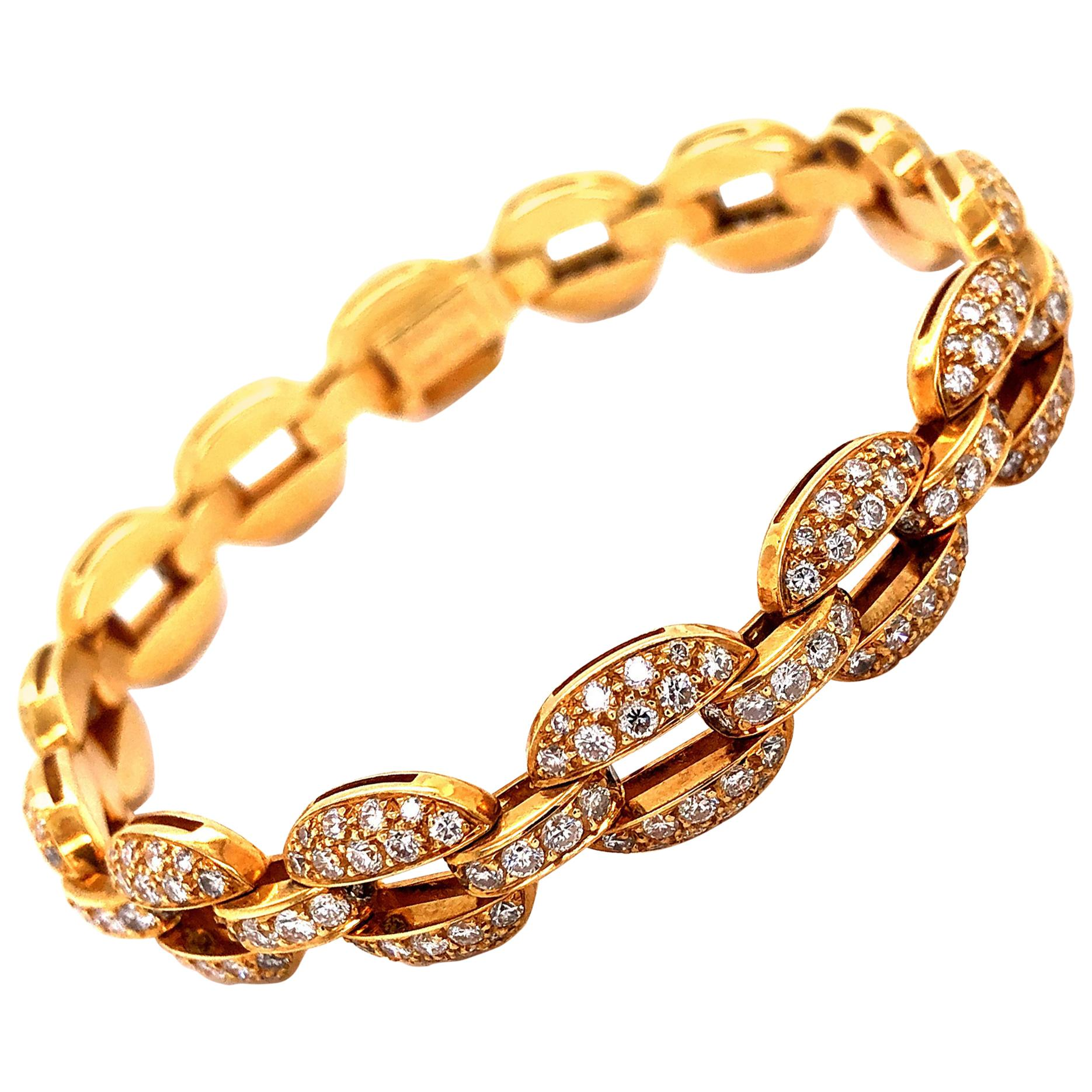 Timeless Cartier Diamond 18 Karat Yellow Gold Bracelet