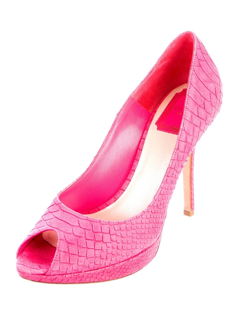Beautiful hot pink peep toe sandals by Christian Dior Platform High Heel Pumps DIOR logo plate on back of each heel. Brandnew Size EU 39 Made in Italy RRP 1299$ plus taxes