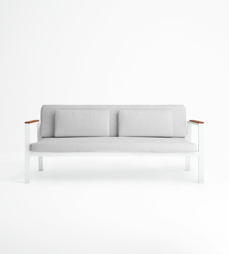 Timeless is the outdoor furniture collection inspired by the rational architectural language from the early 20th century, designed by José A. Gandía-Blasco Canales and Borja García. Its design of discreet but characterful forms communicates honesty,