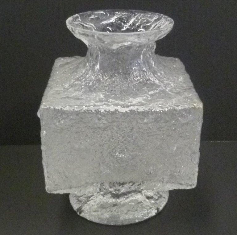 Mid-Century Modern Timo Sarpaneva Brutalist Modern Crassus Textured Glass Vase Iittala Finland 1960 For Sale