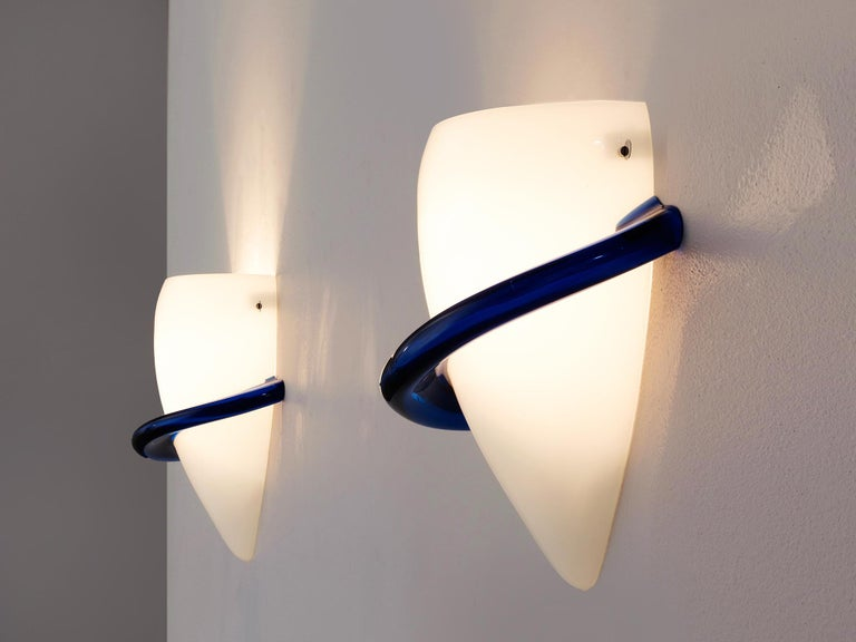 Late 20th Century Tina Marie Aufiero for Venini Pair of White and Blue Glass Wall Lights For Sale