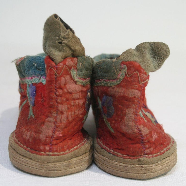 Tiny 19th Century Chinese Embroidered Women's Shoes 6