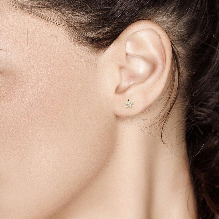 Round Cut Tiny Star Shape Diamond Stud Earrings For Sale