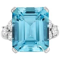 Tivon 18 Karat Weißgold Santa Maria Aquamarine und feiner Diamant-Ring