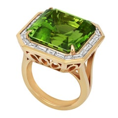 Tivon 18ct Yellow Gold large Art Deco Peridot and baguette Diamond cocktail Ring