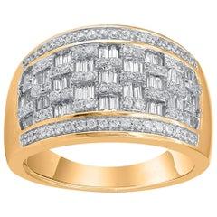 TJD Natural Round Diamond and Baguette 10 Karat Yellow Gold Diamond Ring