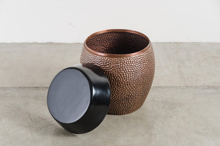 Repoussé Toad Skin Barrel Storage Drum Stool, Copper and Black Lacquer by Robert Kuo For Sale