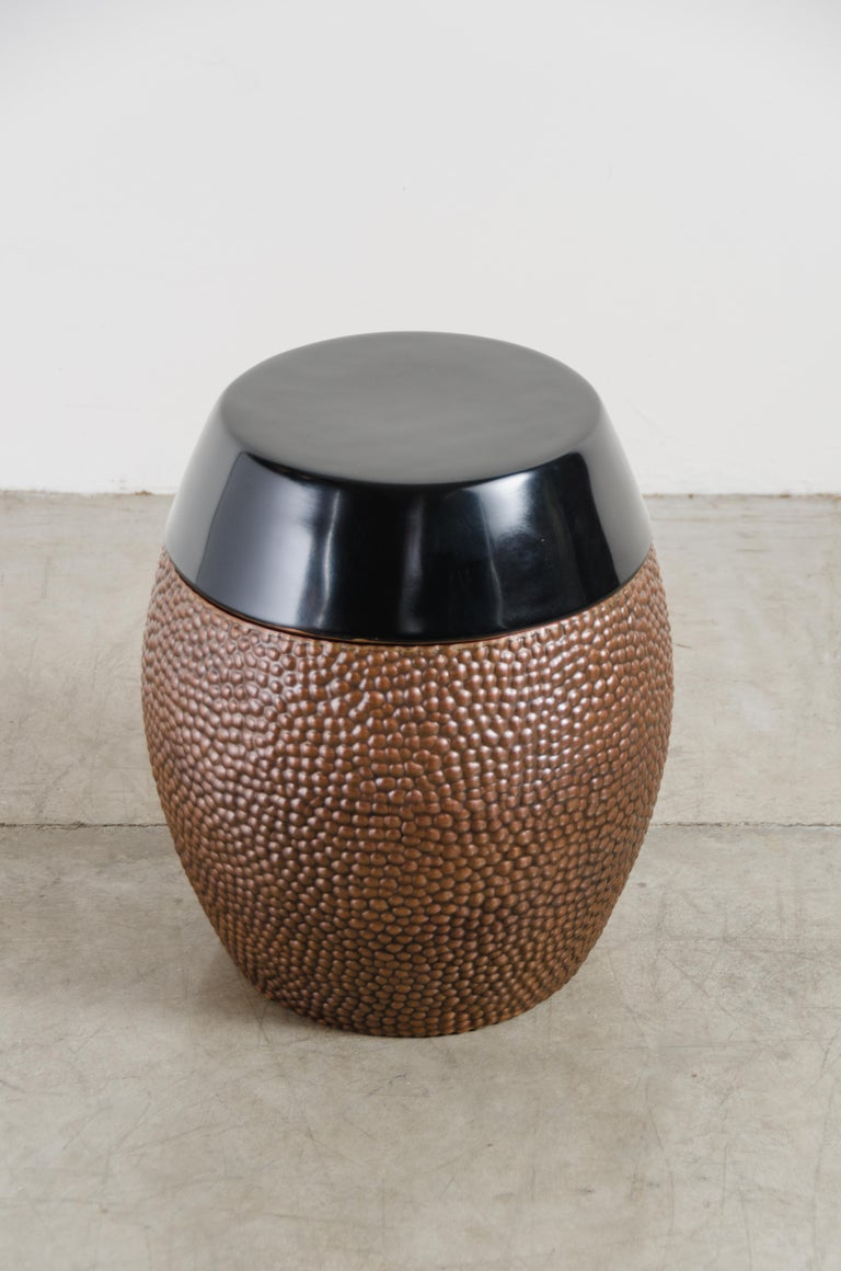 Toad Skin Barrel Storage Drum Stool, Copper and Black Lacquer by Robert Kuo In New Condition For Sale In West Hollywood, CA