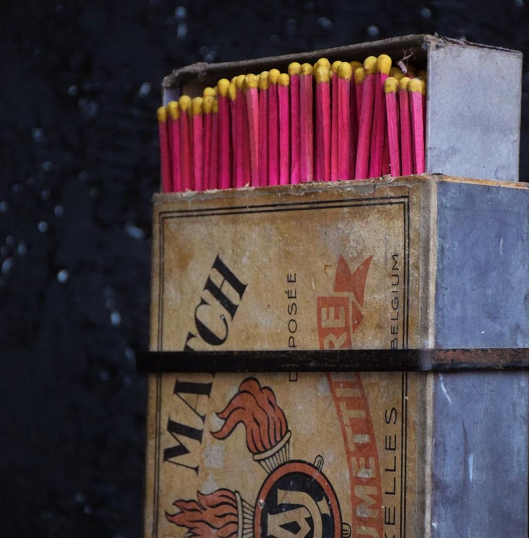 Tobacconist Advertising Oversized Match Box, circa 1925 For Sale 3