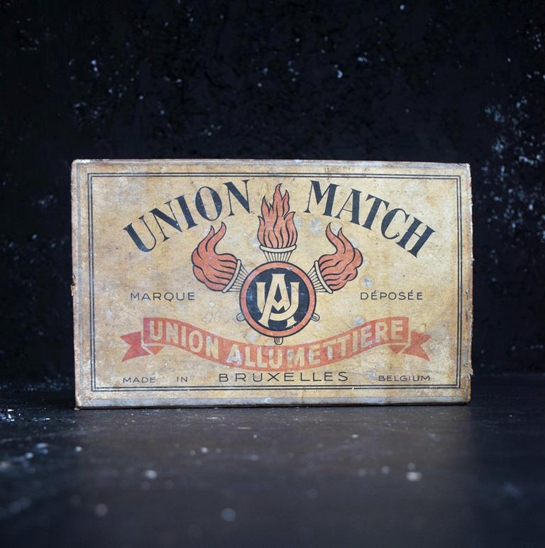 Tobacconist Advertising Oversized Match Box, circa 1925 For Sale 4