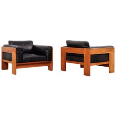 Tobia Scarpa 'Bastiano' Lounge Chairs in Teak and Black Leather