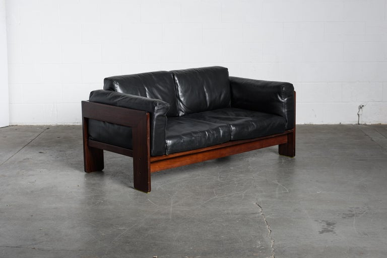 Leather Tobia Scarpa 'Bastiano' Rosewood Loveseats for Gavina, Italy 1960s, Signed For Sale