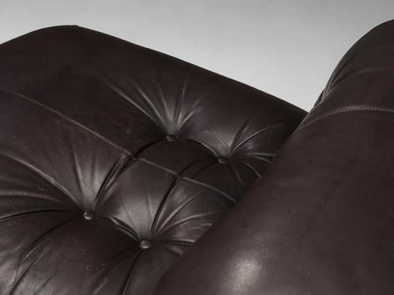 Tobia Scarpa for Cassina 'Soriana' Chaise Longue Chair in Dark Brown Leather For Sale 3