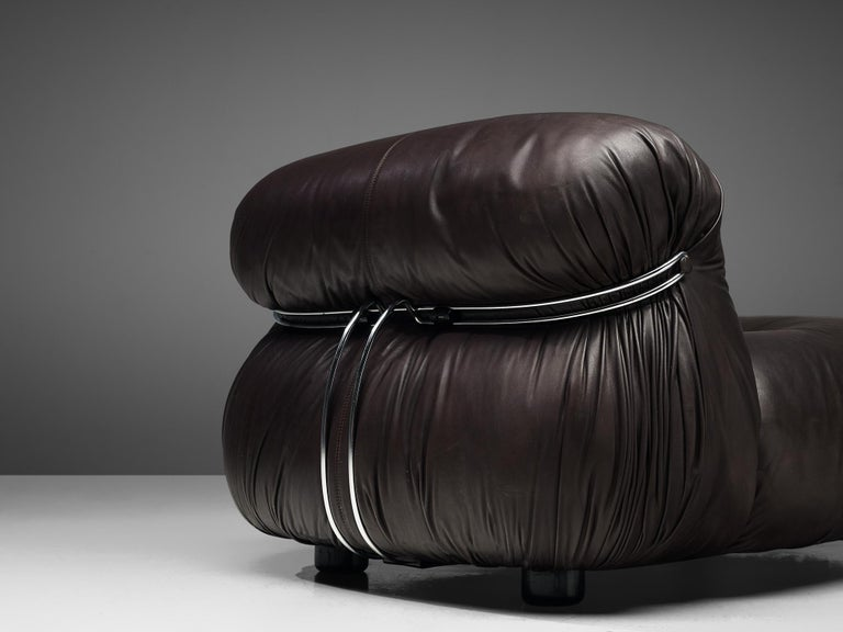 Tobia Scarpa for Cassina 'Soriana' Chaise Longue Chair in Dark Brown Leather For Sale 4