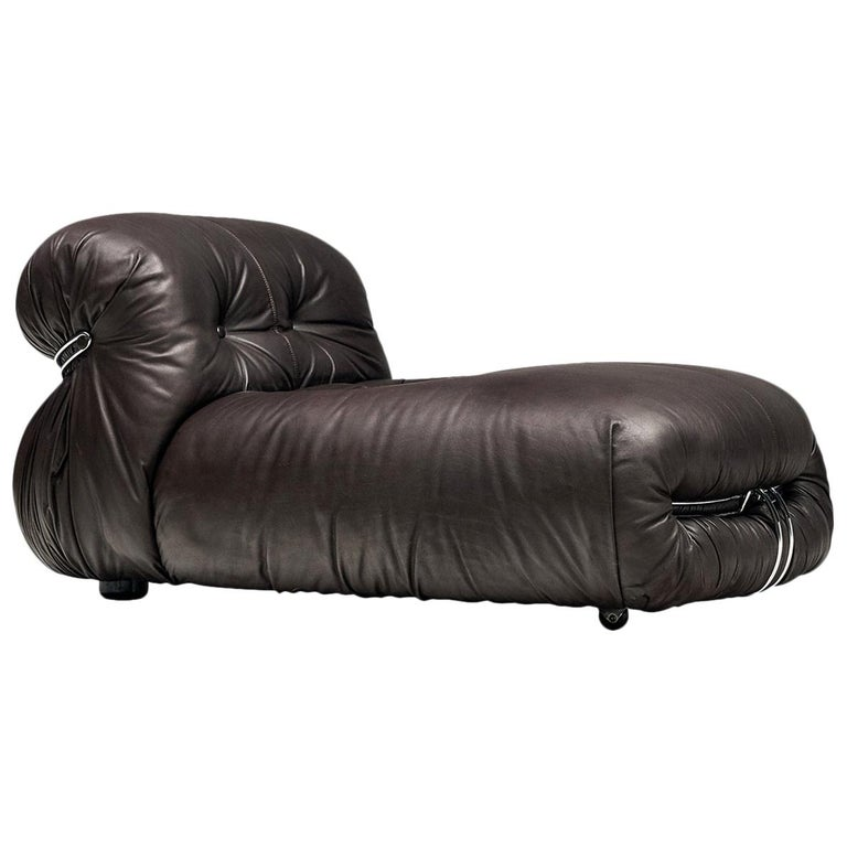 Tobia Scarpa for Cassina 'Soriana' Chaise Longue Chair in Dark Brown Leather For Sale