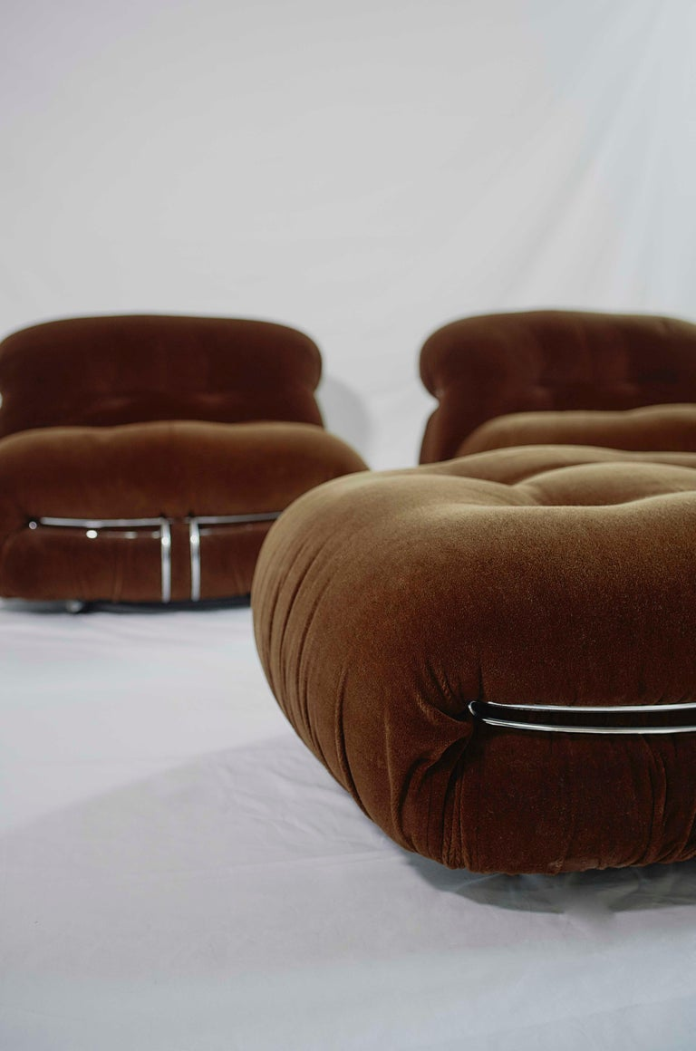 Post-Modern Tobia Scarpa Pair of Soriana Lounge Chairs and Ottoman, Cassina, Italy, 1970 For Sale