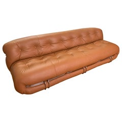 Tobia Scarpa Soriana Large Sofa, Design Cassina 1970s Tan Leather