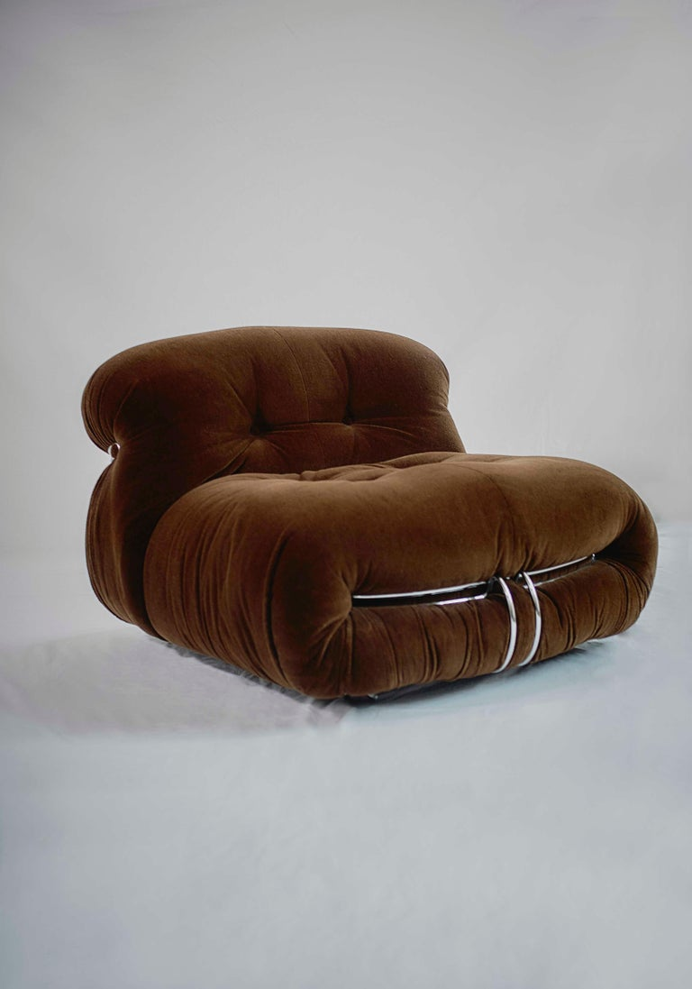 Metal Tobia Scarpa Soriana Sofa and Pair of Lounge Chairs with Ottoman, Cassina, 1970 For Sale