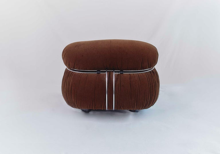 Tobia Scarpa Soriana Sofa and Pair of Lounge Chairs with Ottoman, Cassina, 1970 For Sale 2