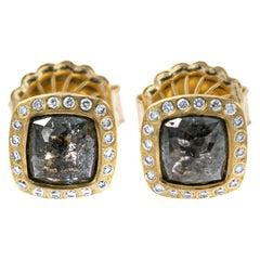 Todd Reed Dark Grey Diamond Stud Earrings in 18 Karat Yellow Gold
