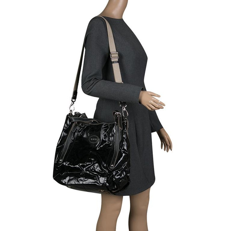 6149ddf02d Tod's Black Glazed Coated Canvas G-Line Easy Sacca Tote For Sale. Meant for  you to carry all your essentials with ease is this G-Line Easy